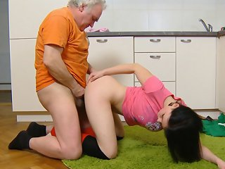 FLASH !!! Dasha is hiked up on the countertop, and her legs spread wide open. Her older man licks her young and sweet pussy deeply and feels his pussy